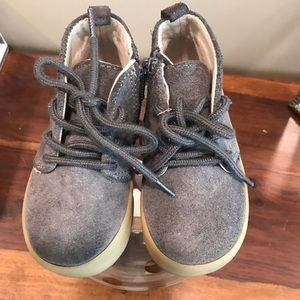 TODDLER BOY GRAY SUEDE BOOTS Fall/Winter